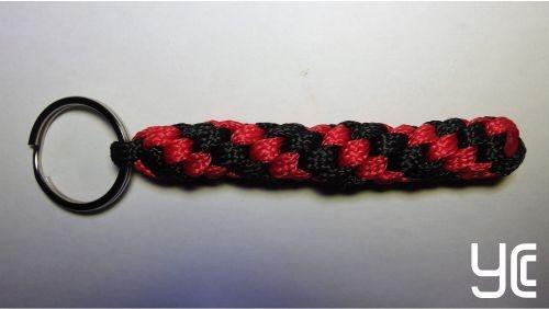 Брелок плетеный Б002