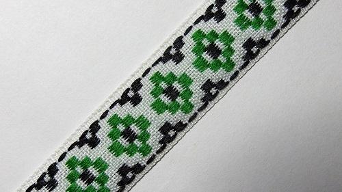 17мм Лента с орнаментом р.3002 белая/зеленая/черная
